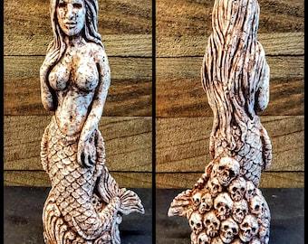 Idol of the Siren