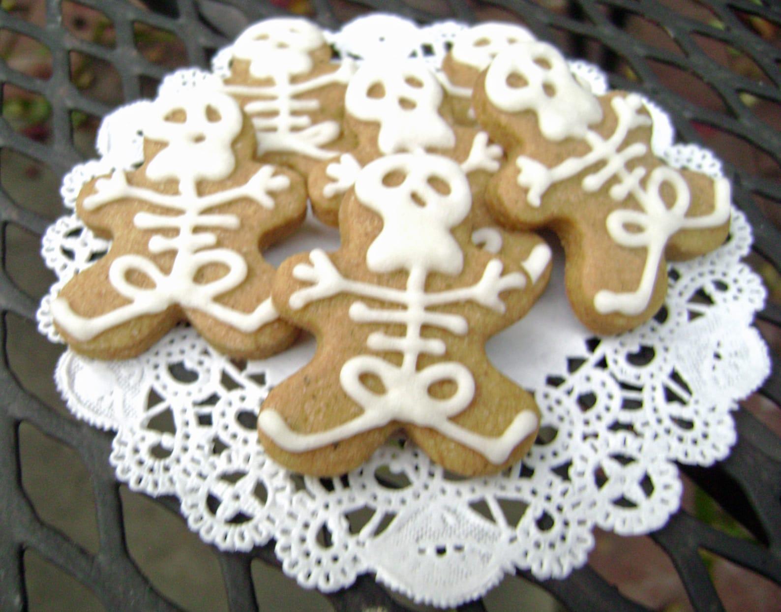 Skeleton Cookies