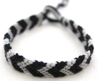 Black & Grey Boys Men Friendship Bracelet, knotted by hand by Good2get