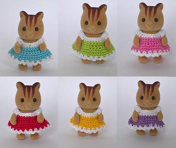 Sylvanian Families Calico Critters Sister /& Baby Swimsuit Set