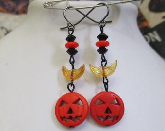 Sleepy Hollow Halloween Jack-o-lantern Beaded Dangle Earrings with Crescent Moons