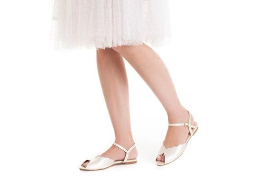 Gratis verzending wit ivoor satijn dames bruids sandalen