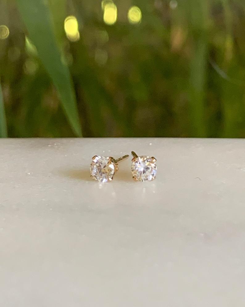 Diamond stud earrings  Diamond earrings  April Birthstone image 0
