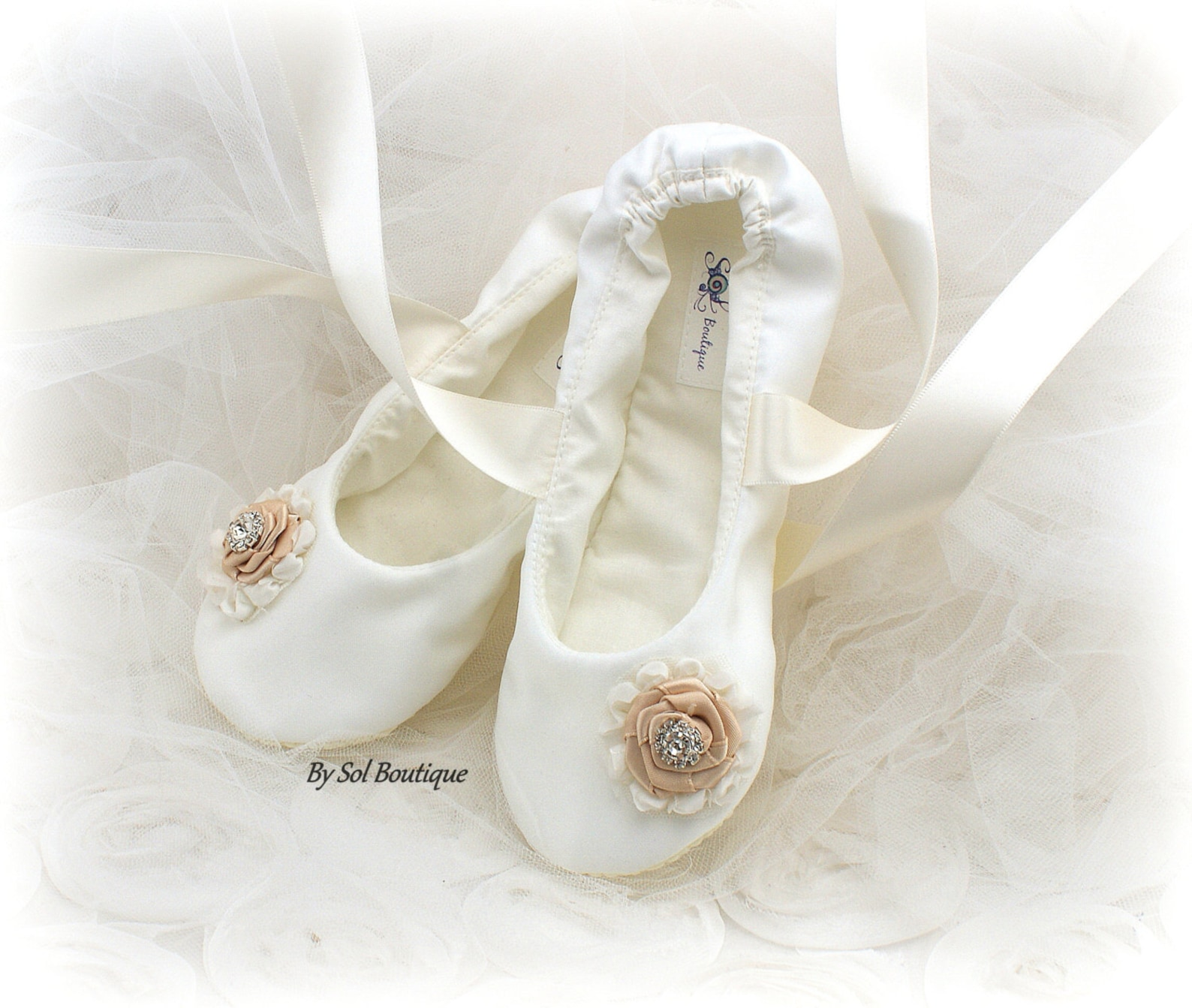 ivory girl flats,ivory,ballet flats,flower girl flats,ivory ballet flats,bat mitzvah,confirmation flats,first communion,shoes,gi