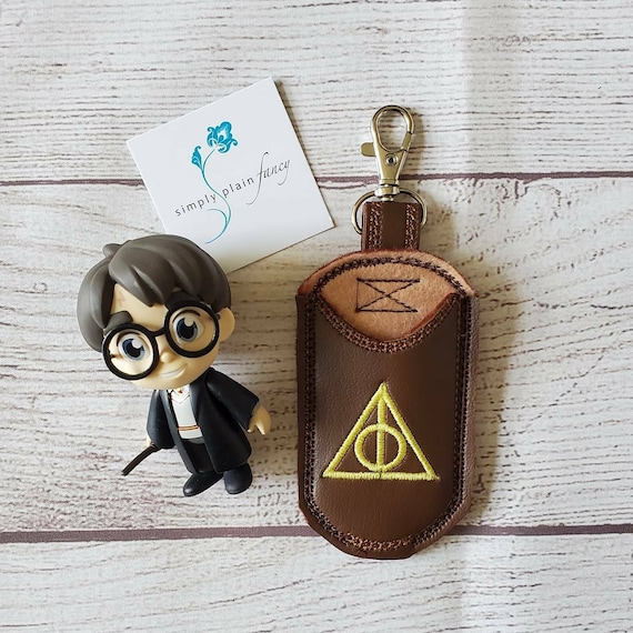 Wand Holster Wand Holder Harry Potter Universal Hogwarts Travel Accessory Clips on your bag or belt loop