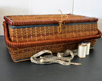 Sewing Basket Wicker vintage large with handle and lift out tray