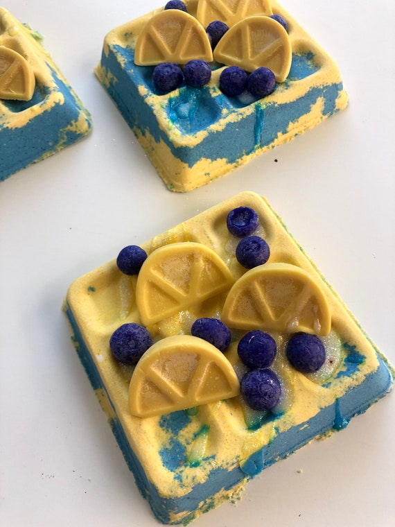 Blueberry lemon verbena waffle bomb