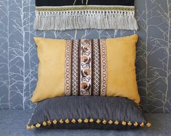 Taie d'oreiller de Suède avec des rubans, housse de coussin simili daim, coussin lombaire, déco Bohème, coussin de style folklore, coussin décoratif de 25 x 15 pouces