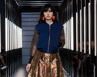 Blouson avec napperon, blouson court femmes, veste bleu marine, festival mode, mode recyclé vert, Bartinki veste