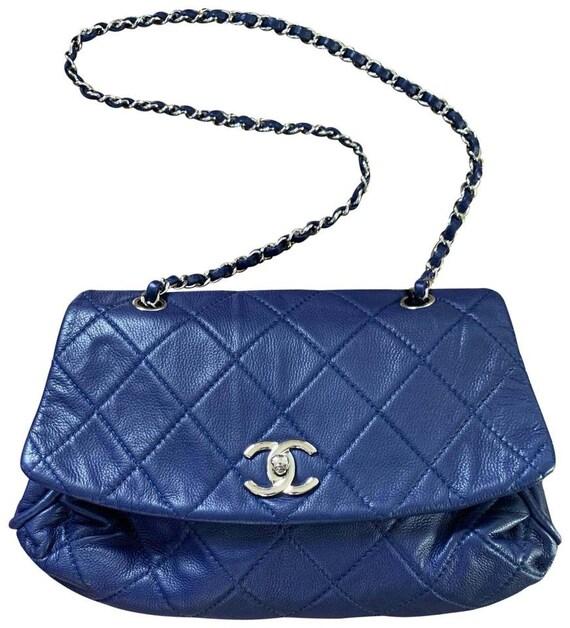 CHANEL handbag authentic