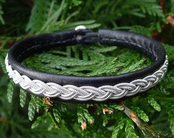 Sami Nomadic Nordic bracelet, Large 19 cm, Ready To Ship, LIDSKJALV Black viking reindeer leather cuff, Pewter braid, Antler button closure