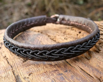 Lapland Sami bracelet, Small 17 cm, Ready To Ship, THOR Antique brown reindeer leather cuff, Black copper braid, Antler button closure