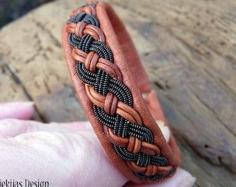 Sami bracelet, S / 17 cm, Cognac brown reindeer leather, Black copper braid, Antler closure, VANAGANDR ready to ship