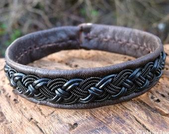 Saami armband deerskin bracelet, Medium 18 cm, Ready To Ship, VANAGANDR Antique brown Lapland leather cuff, Black braid, Antler closure