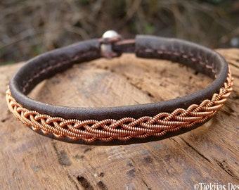 Sami Scandinavian bracelet, Medium 18 cm, Ready To Ship, THOR Antique brown reindeer unisex leather cuff, Copper braid, Antler closure