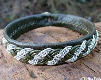 Sami Viking Lapland Nordic bracelet, Medium 18 cm, Ready To Ship, VANAGANDR Olive reindeer leather cuff, Pewter braid, Antler button closure