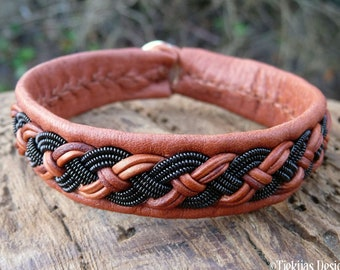 Nordic Sami bracelet, Small 17 cm, Ready To Ship, VANAGANDR Cognac brown reindeer leather cuff, Black copper braid, Antler button closure