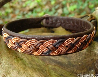 Sami Nordic bracelet, Small 17 cm, Ready To Ship, VANAGANDR Antique brown reindeer leather cuff, Copper braid, Antler button closure