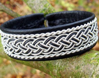 Scandinavian viking bracelet, GIMLE black leather cuff bangle in Sami style with pewter braids