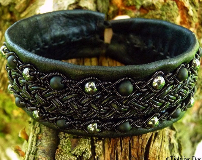 Gothic viking bracelet, GERI black in black Sami leather cuff, onyx and hematite woven in Celtic braids, custom handmade