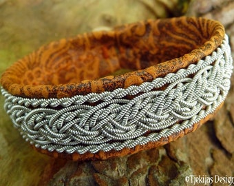Leather bracelet decorated with pewter braids, GRANI Sami viking cuff, custom handmade Scandinavian tennarmband