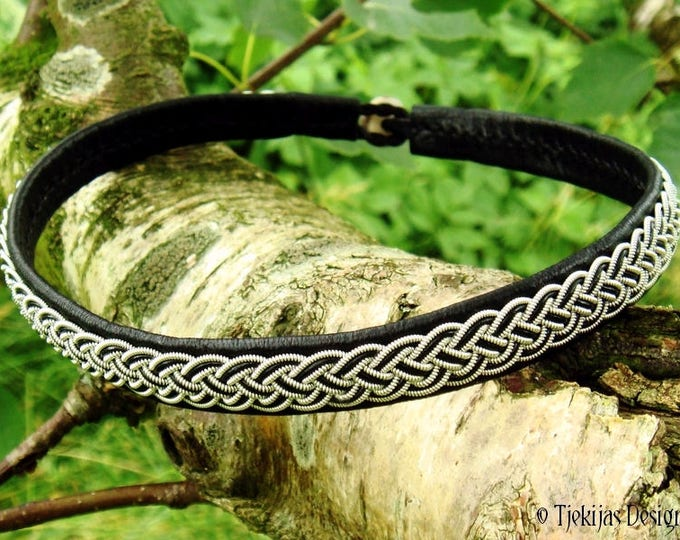 Shieldmaiden black leather viking necklace, collar decorated with pewter braid, FREKI Sami choker, custom handmade
