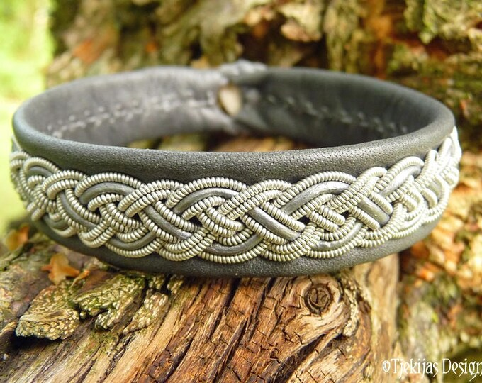 Sami bracelet NIFLHEIM, Nordic viking cuff, in silk soft gray reindeer leather with pewter braid
