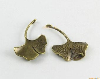 10Pcs Antique Brass Ginkgo Tree Leaf Charm Ginkgo Leaf Pendant 42x34mm (PND1634)