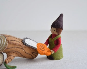 Woodswoman Finger Puppet Sewing Pattern - DIY Mini plushie pattern for felt woodswoman or woodsman soft toy from Red Riding Hood