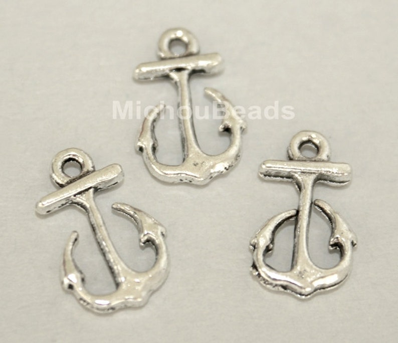 5582 100 Antiqued SILVER 17mm Tibetan Style ANCHOR Charm Pendant Small 17x10mm Double Sided Beach Nautical Metal Boho Findings USA