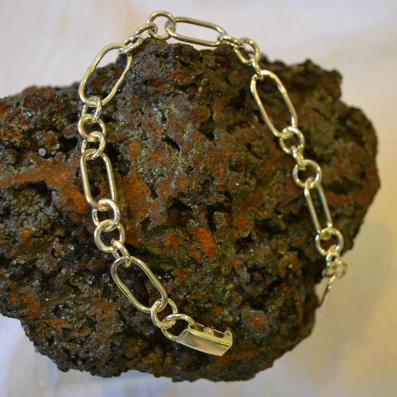 Sterling silver chain bracelet.  size 7 image 0