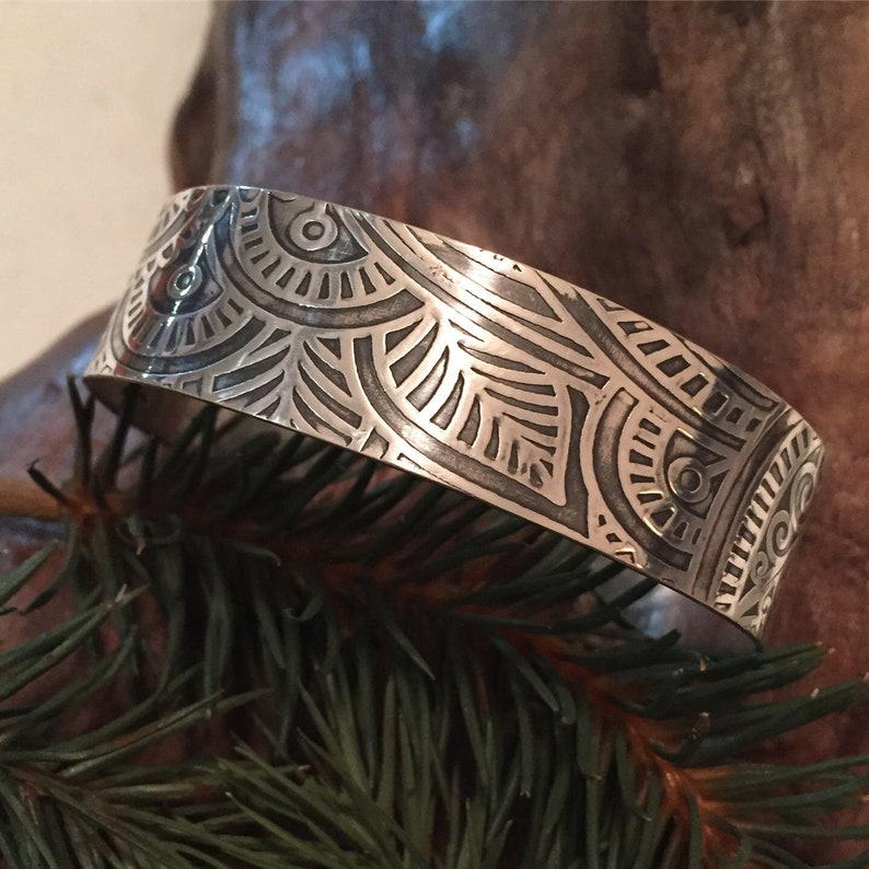 Sterling patterned cuff bracelet.  17mmm 5/8inch wide. image 0