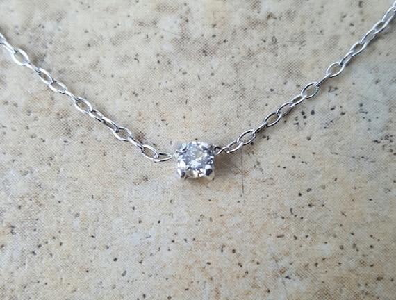 collier ras de cou diamant solitaire