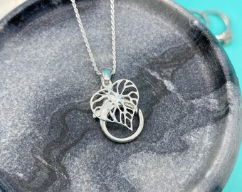 AloraLocks Wide Monstera Leaf Wedding / Engagement Ring & Charm Holder Pendant