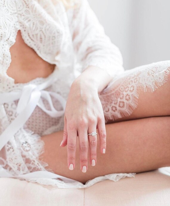 Lace Honeymoon Lace Gown Bridal Lingerie Lace Robe Chantilly Boudoir Photography Prep Wedding Robe Dressing Robe qFvtv0xd