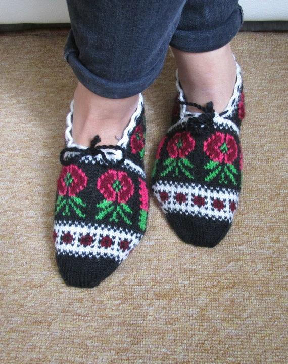 Flower Slippers Hand Knitting Home Slippers Handmade Etsy