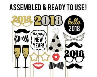 New Year Photo Booth Props . New Years Eve Photo Booth Props . 2018 New Year Party Decorations . New Year Decorations . Set of 17 . Glitter