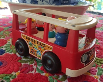 Fisher Price Little People School Bus and Figures