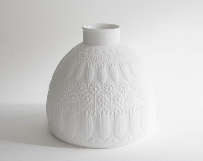 Mid Century West German Matte White Porcelain Botanical Vase // Nanny Still for Heinrich // Bohemian Home Decor