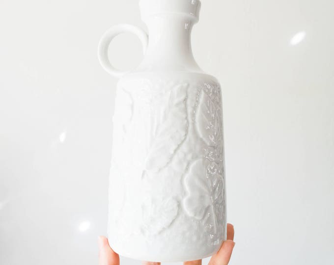 Mid Century Glazed White Porcelain Leaf Vase // Schumann Arzberg West Germany // Bohemian Home Decor