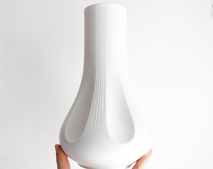 Vintage White Vase Heinrich Fuchs Hutschenreuther Large Scale West German Matte White Porcelain Vase 60s Home Decor Archais Series