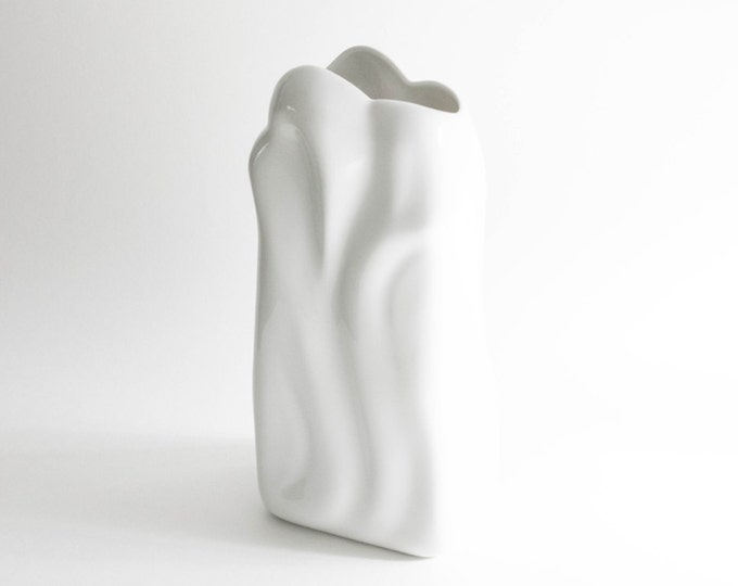Mid Century Sculptural Glazed White Porcelain Art Vase Eschenbach // Modernist Home Decor