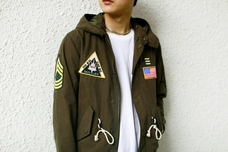 Vintage Badges Army Green Fishtail Parka