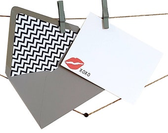 Red Lip Notecards - Kiss Notecards - XOXO Notecards - Chevron Stationery - Notecards with Lined Envelopes - Valentine's Day Gift - Set of 12