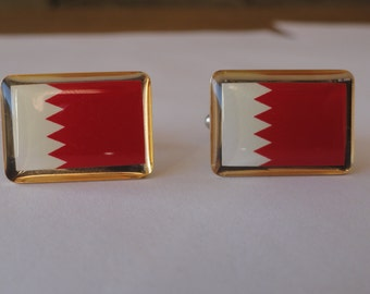 Thin Bordered Bahrain Flag Square Tie Clip