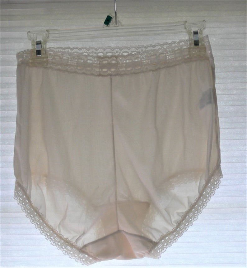 77eeeb77af4 Olga cream panties size 6