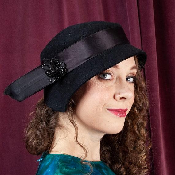 1930s, Vintage Black Cloche Hat,30s, Felt Hat, Bla