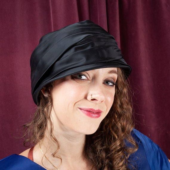 1940s Vintage Black Cloche, Vintage Hat, Black Clo