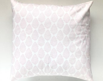 Light Pink Damask Throw Pillow Cover. Baby Pink and White. Floral Decorative Cushion Cover. Bella Pink. Pink Pillow. Baby Pink. Pale Pink.