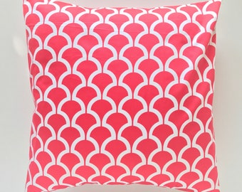 CLEARANCE Coral Pink Scallop Pillow Cover. Michael Miller Designer Cushion Cover. Pick a Size. Bright Coral. Scallop Print. Pink. Fuchsia.